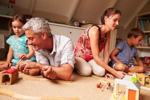 Взрослые должны вдумчиво подбирать упражнения и игры для развития правильной и грамотной речи